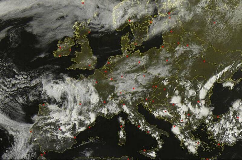 Pogodne niebo mają dzisiaj m.in. mieszkańcy Irlandii