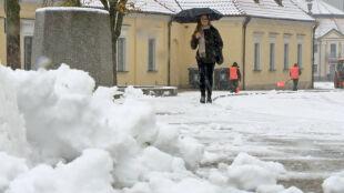 """Śnieżyce we wschodniej Polsce. """"Pogoda świąteczna. Jest pięknie"""""""